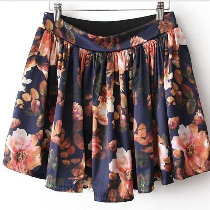 Floral Print High Rise Short Ruffle..
