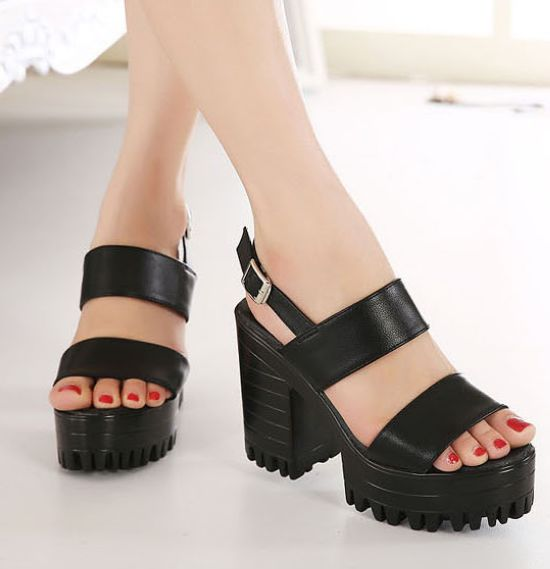 Black Double Strap Chunky Heels Sandals on Luulla