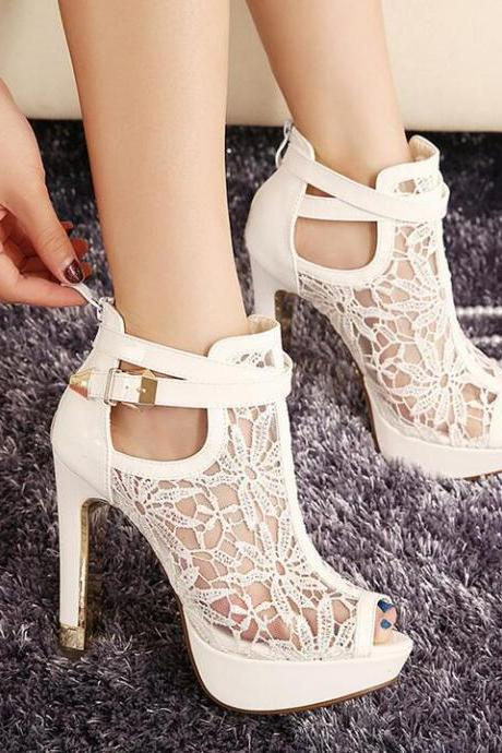 2016 summer new thick with high-heeled sandals, women's lace hollow out high heels