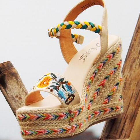 National Wind Leather Embroidery High-Heeled Women Sandals